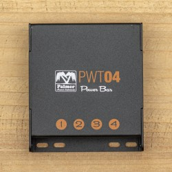Palmer PWT 04 Universal Pedalboard Power Supply 4 Outputs
