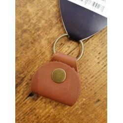 Gibson Premium Leather Pickholder Keychain Brown