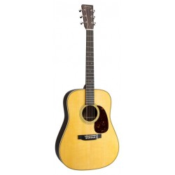 Martin HD28 including case