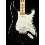 Fender Player Stratocaster Maple Neck Black
