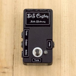 Moonspinner DS custom buffer w/tuner out + switch